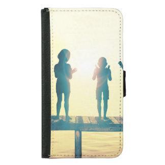 Capa Carteira Para Samsung Galaxy S5 Crianças felizes que jogam na ilustração do parque