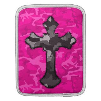 Capa De iPad Camo cor-de-rosa com cruz