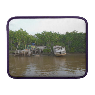 Capa De MacBook Air Casas do Stilt no Rio Amazonas