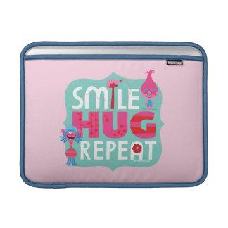 Capa De MacBook Air Sorriso dos troll |, abraço, repetição