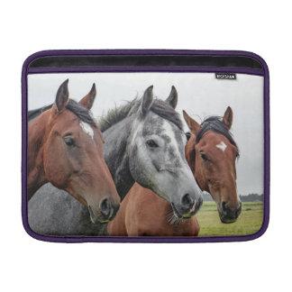Capa De MacBook Air Três cavalos