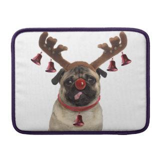 Capa De MacBook Antlers do Pug - pug do Natal - Feliz Natal