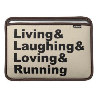 Capa De MacBook Living&Laughing&Loving&RUNNING (preto)