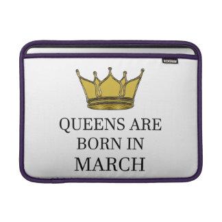 Capa De MacBook O Queens é nascido em março