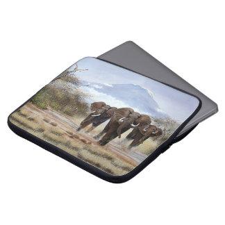 Capa De Notebook A bolsa de laptop do elefante de Kilimanjaro