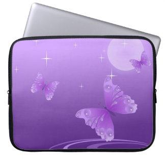 Capa De Notebook Borboleta roxa no lago Dewy