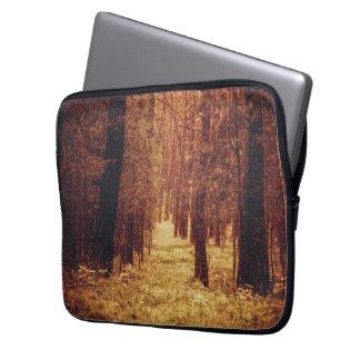 Capa De Notebook Trajeto de floresta…