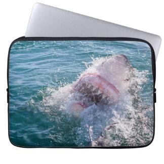 Capa De Notebook Tubarão na água