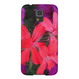 Capa de telefone bonita decorada com flores