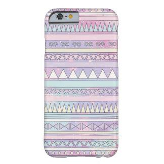 capa de telefone cor-de-rosa geométrica