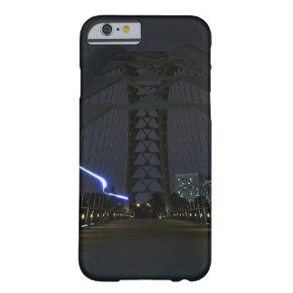 Capa de telefone da raia clara da ponte