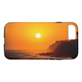 Capa de telefone do por do sol da praia de