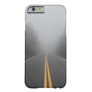 Capa de telefone nevoenta da estrada