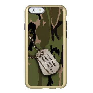 Capa Incipio Feather® Shine Para iPhone 6 Camo verde militar com dog tags