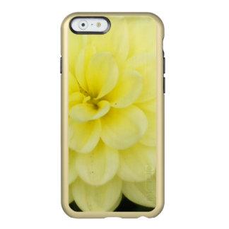 Capa Incipio Feather® Shine Para iPhone 6 Dália cremosa