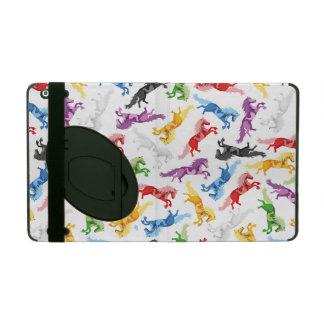 Capa iPad Cavalos de salto coloridos do teste padrão