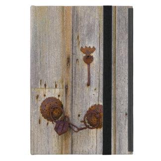 Capa iPad Mini Cadeado velho do ferro do vintage oxidado em uma