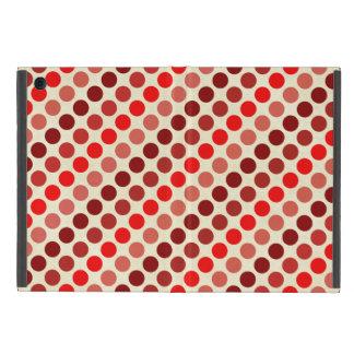 Capa iPad Mini Máscaras de bolinhas vermelhas por Shirley Taylor