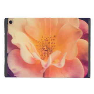 Capa iPad Mini Rosa multicolorido em um jardim