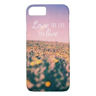 Capa iPhone 8/ 7 Ame a vida onde você vive
