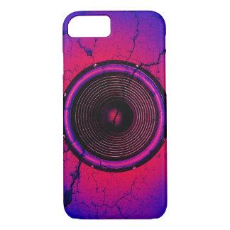 Capa iPhone 8/ 7 Auto-falante da música em uma parede rachada