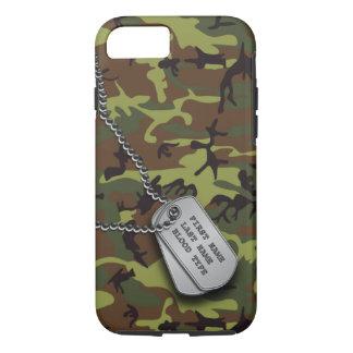 Capa iPhone 8/ 7 Camo verde com Tag de cão