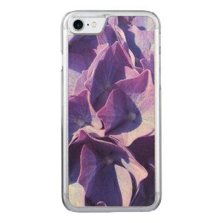 Capa iPhone 8/ 7 Carved As flores azuis do Hydrangea fecham-se acima da