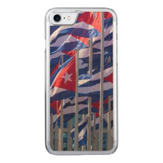Capa iPhone 8/ 7 Carved Bandeiras cubanas, Havana, Cuba