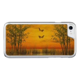 Capa iPhone 8/ 7 Carved Butterlflies pelo por do sol - 3D rendem