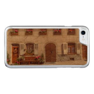 Capa iPhone 8/ 7 Carved Casa na vila do Gruyère, suiça