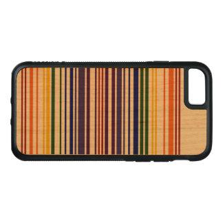 Capa iPhone 8/ 7 Carved Código de barras dobro do arco-íris na madeira
