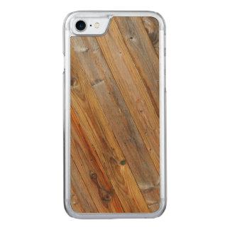 Capa iPhone 8/ 7 Carved Diagonal de madeira da prancha sobre