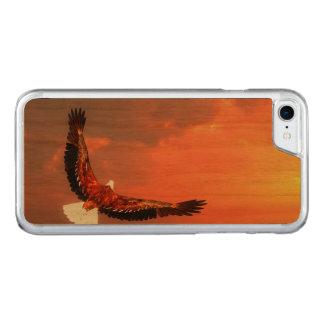 Capa iPhone 8/ 7 Carved Eagle que voa ao sol - 3D rendem