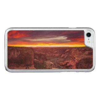 Capa iPhone 8/ 7 Carved Garganta de Chelly, por do sol, arizona
