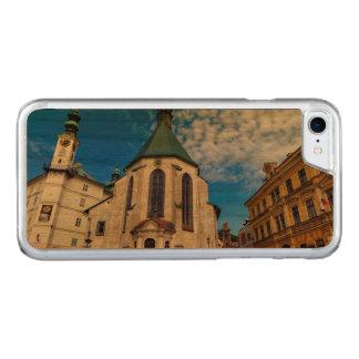 Capa iPhone 8/ 7 Carved Igreja de St. Catherine, Banska Stiavnica,