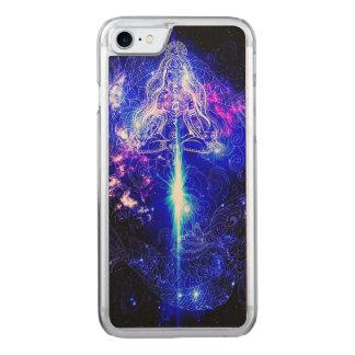 Capa iPhone 8/ 7 Carved Koi iridescente cósmico