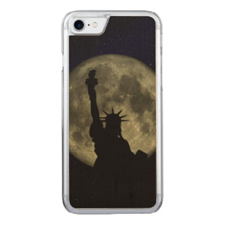 Capa iPhone 8/ 7 Carved Lua e senhora Liberdade