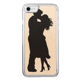 Capa iPhone 8/ 7 Carved Namorada preto e branco e BoyfFriend