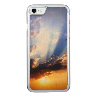 Capa iPhone 8/ 7 Carved Por do sol com nuvens, céu bonito
