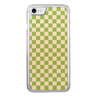 Capa iPhone 8/ 7 Carved Teste padrão do tabuleiro de damas do verde
