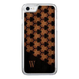 Capa iPhone 8/ 7 Carved Teste padrão e monograma rica tonificados