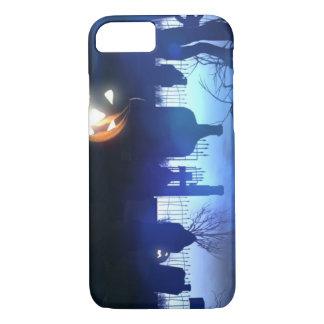 Capa iPhone 8/ 7 Cemitério da noite do Dia das Bruxas