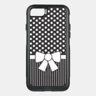 Capa iPhone 8/7 Commuter OtterBox Impressão branco preto do teste padrão da listra