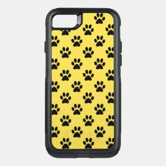 Capa iPhone 8/7 Commuter OtterBox Impressões da pata na cor customizável preta do