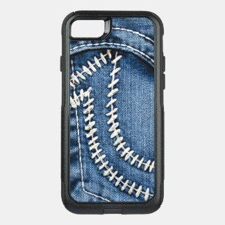 Capa iPhone 8/7 Commuter OtterBox Pontos no bolso de jeans