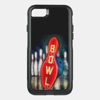 Capa iPhone 8/7 Commuter OtterBox Sinal de néon da boliche com bola e pinos