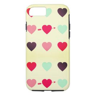 Capa iPhone 8/ 7 corações e cores