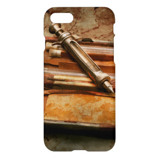 Capa iPhone 8/7 Doutor - a seringa Hypodermic