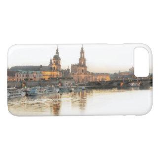 Capa iPhone 8/ 7 Dresden