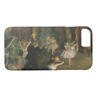 Capa iPhone 8/ 7 Edgar Degas - o ensaio do balé em palco